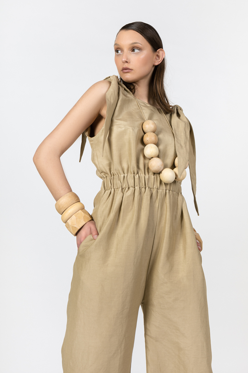 beige-jumpsuit--lookbook-ss-2021-ivana-tomic